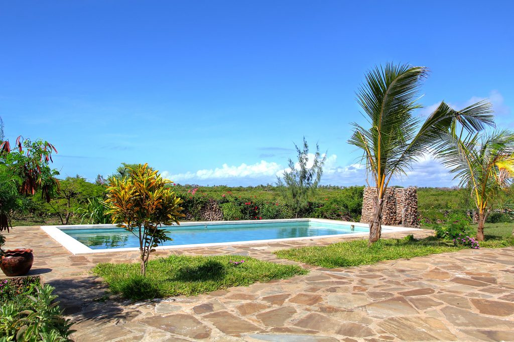 Makini House Swimming Pool
